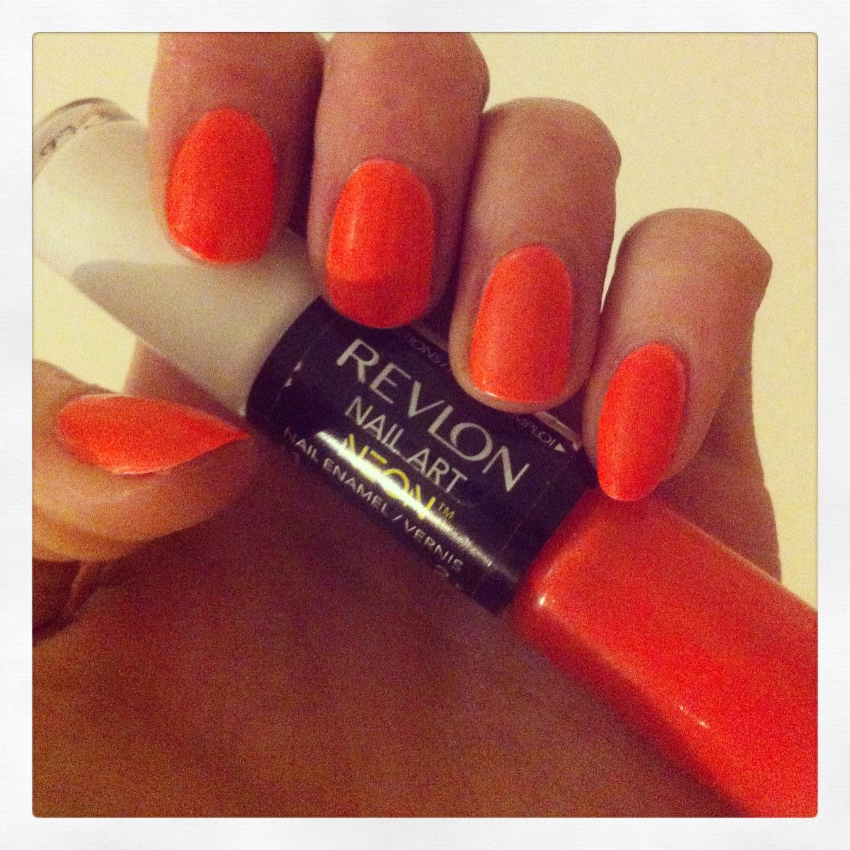 REVIEW: Revlon Neon Nail Art Pen in Hot Flash | Sarah's ...