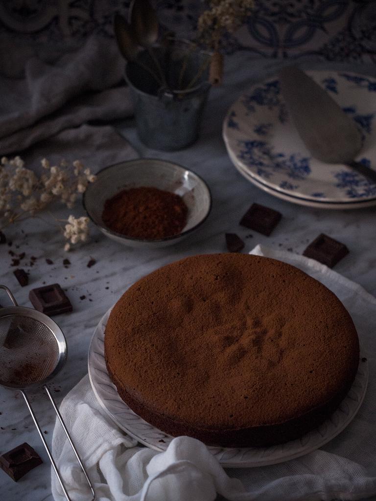 pastel-de-chocolate-y-almendra