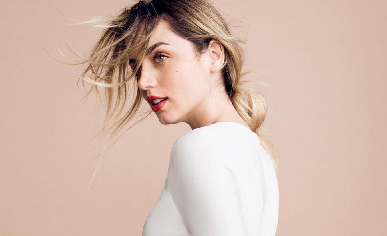 Ana de Armas On Vogue Russia 「ブレードランナー 2049」のアナ・デ・アルマスが、ロシア版のヴォーグに登場 !