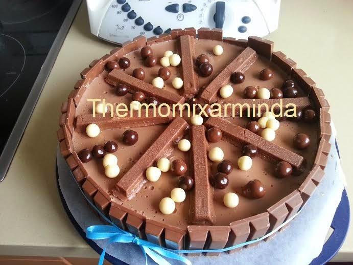 Decorar Tarta Kitkat