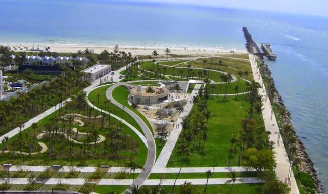 Praia South Pointe Park em Miami Beach