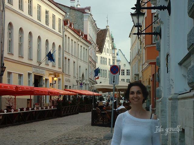 Tallinn razones para viajar calles del centro