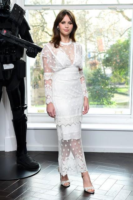 felicity jones dress