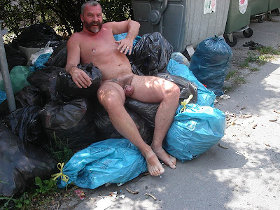 nude mature homeless men
