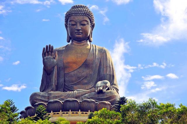 Tian Tan Buddha - HK