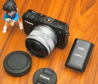 Mirrorless Canon EOS M Kit 15-45MM