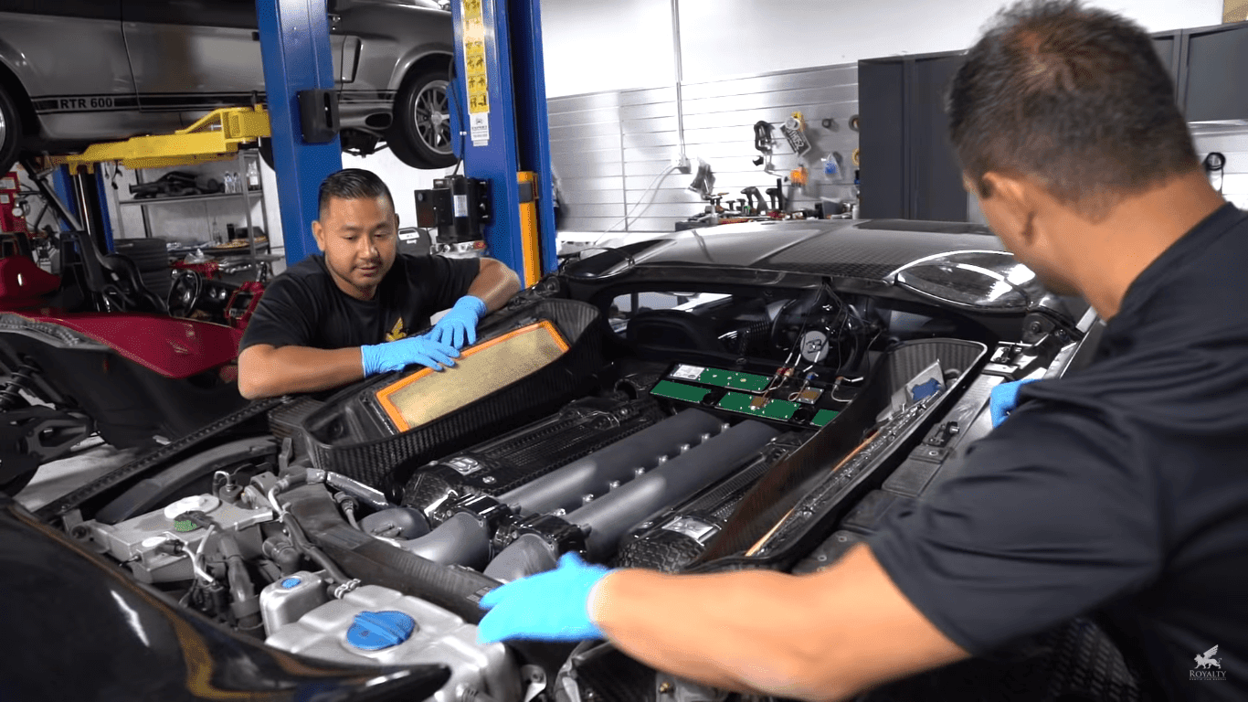 Bugatti Veyron Oil Change Isn't For The Faint Of Heart
