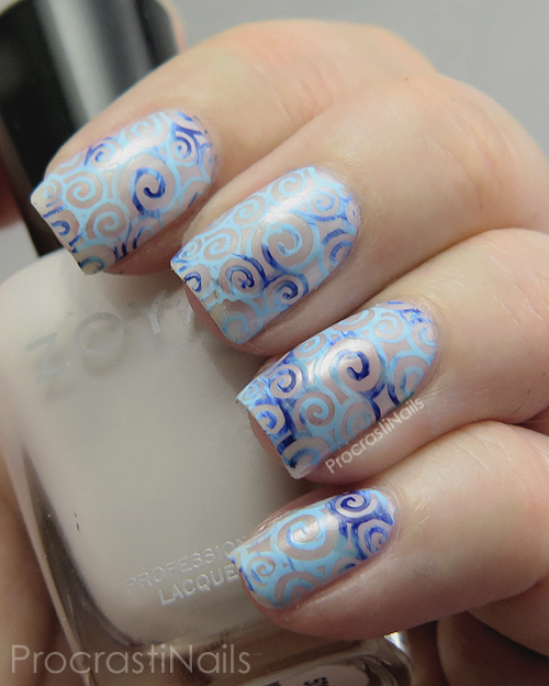 Nail art stamping with Zoya and Mundo de Unas polishes