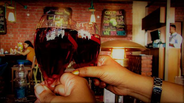 Shine, Dine and Wine at Monkey Bar of Fort Knox Kolkata