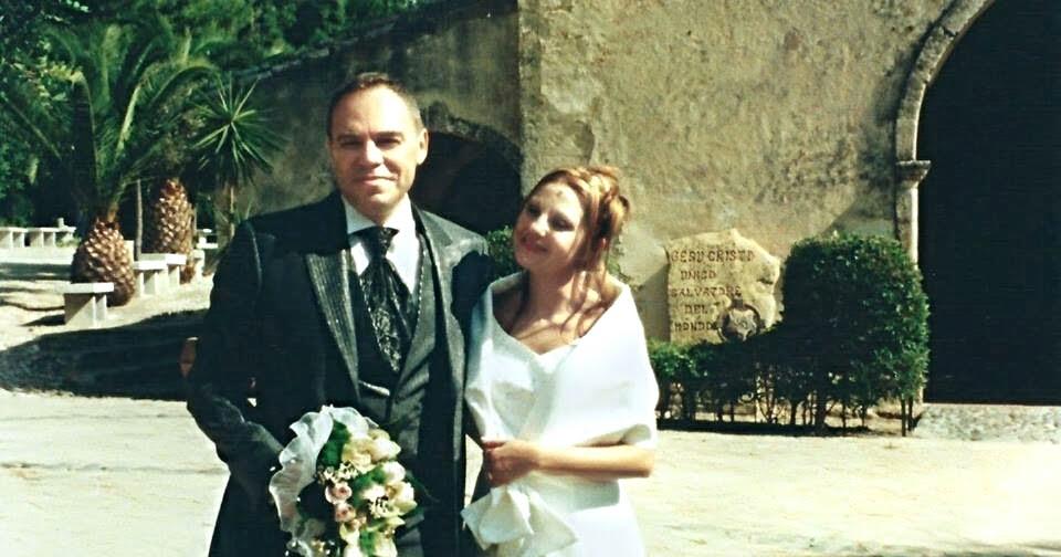 Anniversario Di Matrimonio Auguri A Noi : Caffè letterari buon anniversario delio auguri a noi per