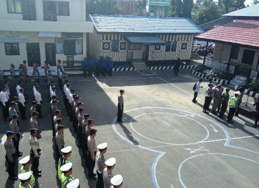Kapolres, Kep.Selayar ,Pimpin Apel Pasukan Ops Lilin 2016
