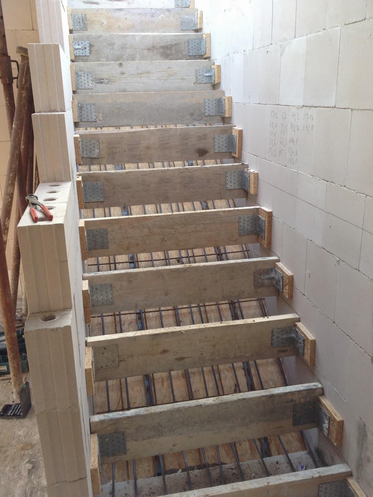 treppen essen holmtreppe eingestemmt treppen und gel nder vom treppen contemporary staircase. Black Bedroom Furniture Sets. Home Design Ideas
