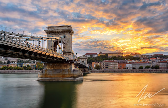 Voyages et Ateliers, budapest, prague, buda, pest, château, castle, bridge, travel photography, jeremie leblond-fontaine, architecture