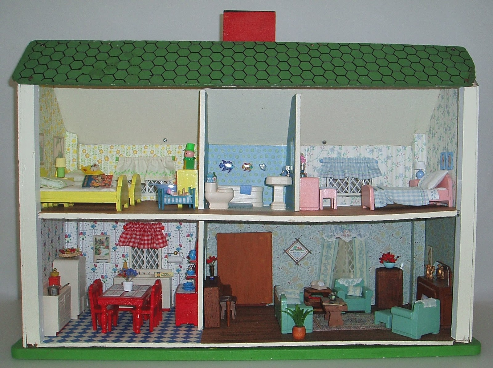 Toys For Rich : My vintage dollhouses rich toys houses