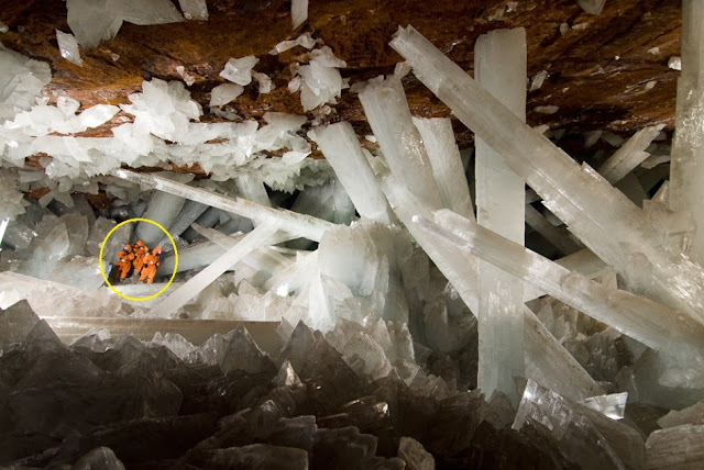 Giant Crystal Cave's Mystery Solved