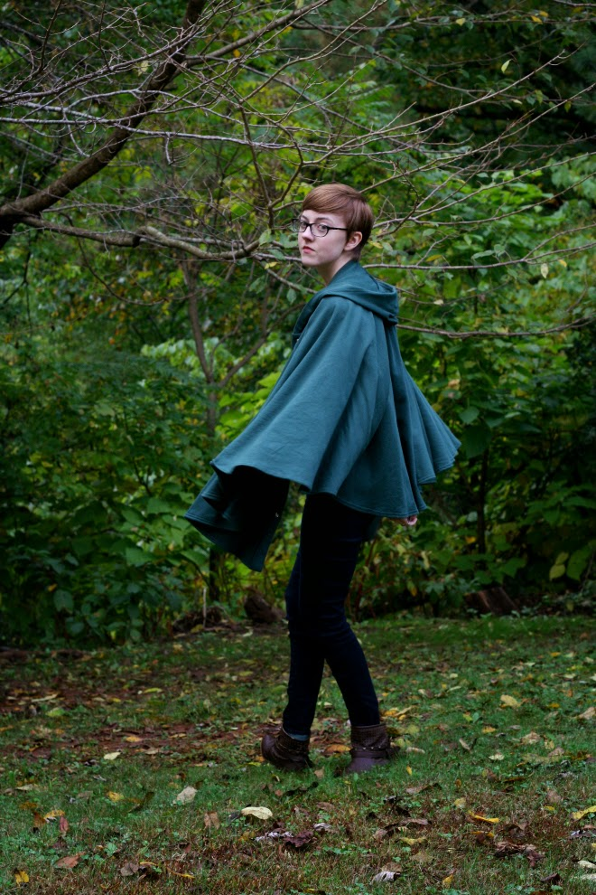 american apparel green fleece cape outfit on stylewiseblog.blogspot.com