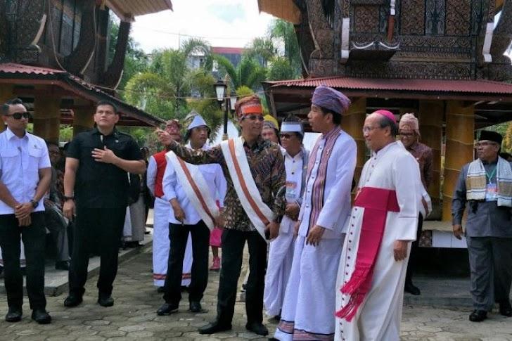 Presiden Jokowi Ucapkan Selamat Natal dan Tahun Baru 2019 di Toraja