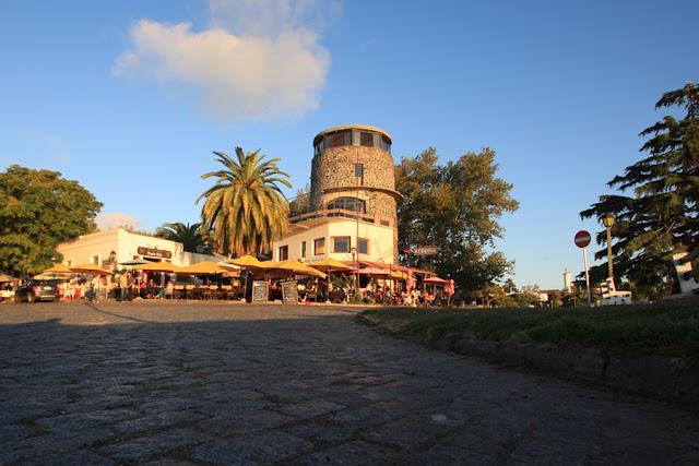 História da Colonia del Sacramento no Uruguai