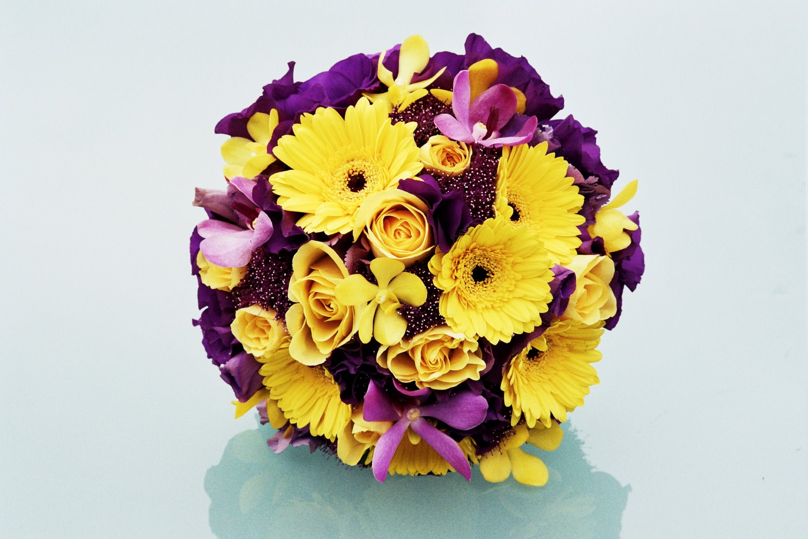 Wedding Flowers: Wedding Flowers Yellow And Purple