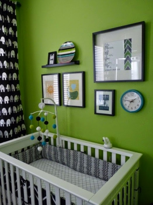 Dormitorio de bebé verde gris