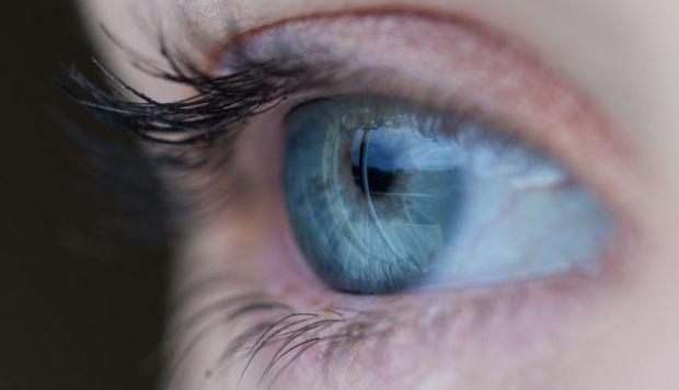 Menjaga Kesehatan Mata Minus