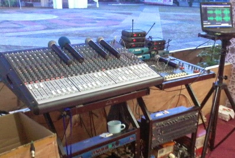 Master Controller FOH (Front of House) Audio Mixer