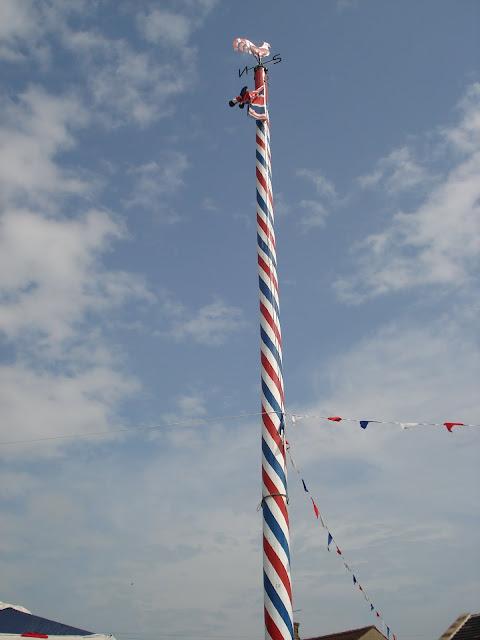Maypole in the village of Gawthorpe