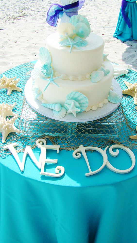 Gorgeous Beach Wedding Cakes