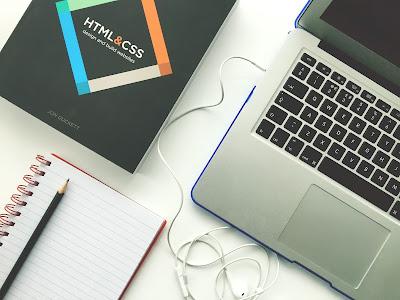 वेब डिजाइनिंग से कैरियर में आगे बढ़ने के ऑप्शंस