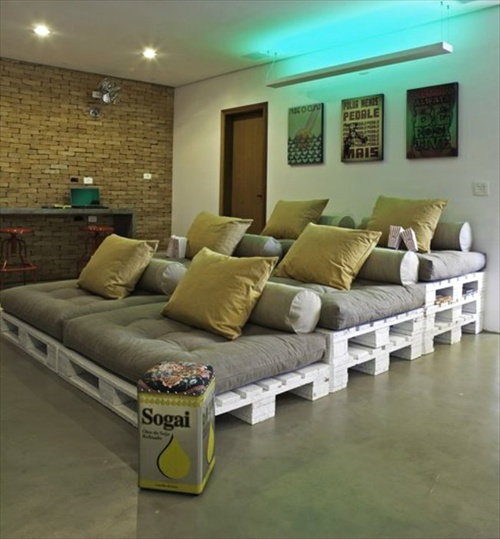 Pallet Using For Home Theater Seating