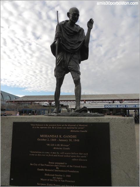 Escultura de Gandhi en San Francisco