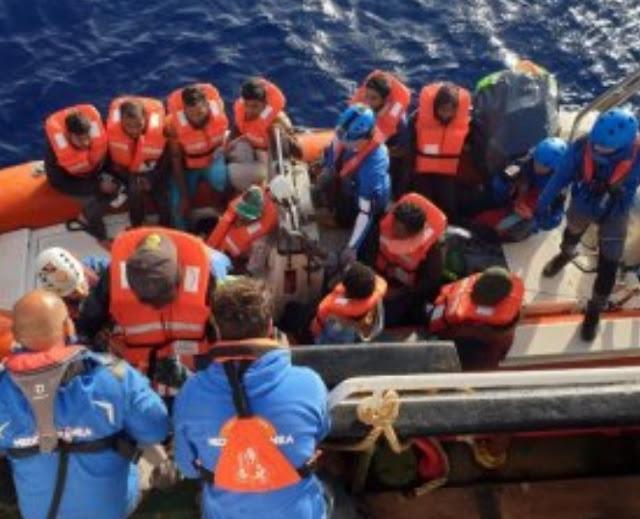 الأمم المتحدة تحتج على نية إيطاليا غلق موانئها أمام المهاجرين وتعتبره ضد حقوق الانسان