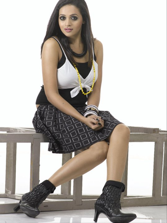 Bhavana hot photoshoot in black