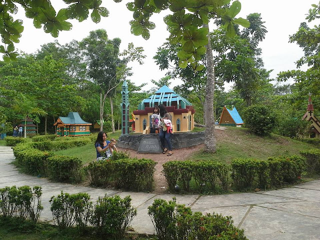 Wisata Golden City Batam