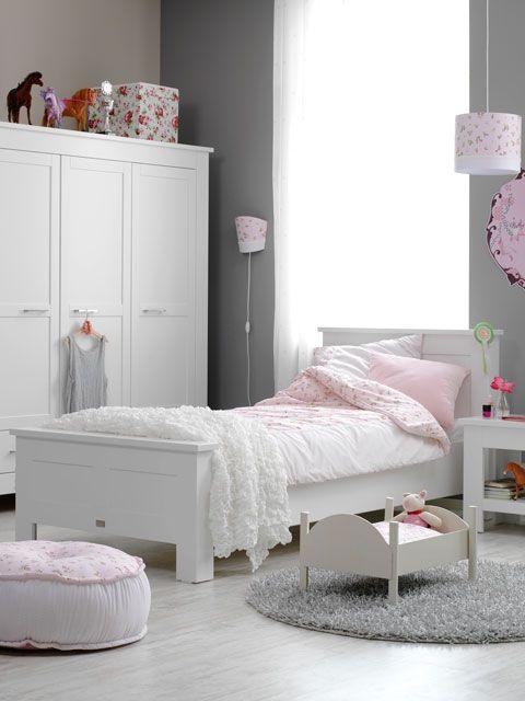 Dormitorios infantiles en color gris for Colores para cuartos infantiles