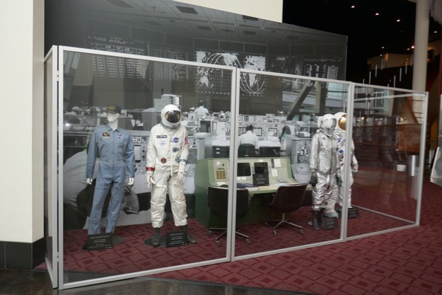 First Man movie costume props
