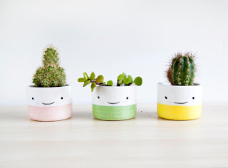 https://www.etsy.com/shop/noemarin?geo=global&utm_medium=social_organic&utm_source=pinterest&utm_campaign=shop_noemarin_happy_planters