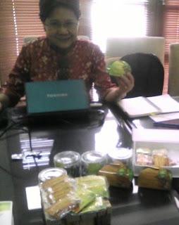 Prof. Hanny Wijaya, Guru Besar IPB