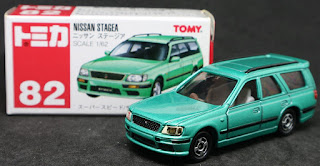 Tomica - 82 Nissan STAGEA, 紙盒裝