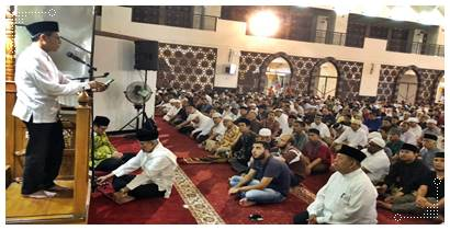 Gubernur Sumbar Prof. Irwan Prayitno Pada Malam Pertama Ramadhan 1439 H