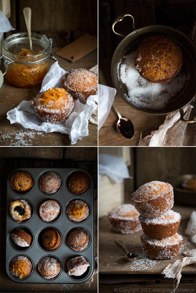 pączkowe muffinki z konfiturą z czarnej porzeczki