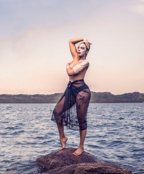 TBoss-topless-photoshoot-2