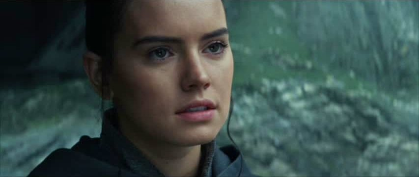 Movie and TV Cast Screencaps: Daisy Ridley as Rey in Star