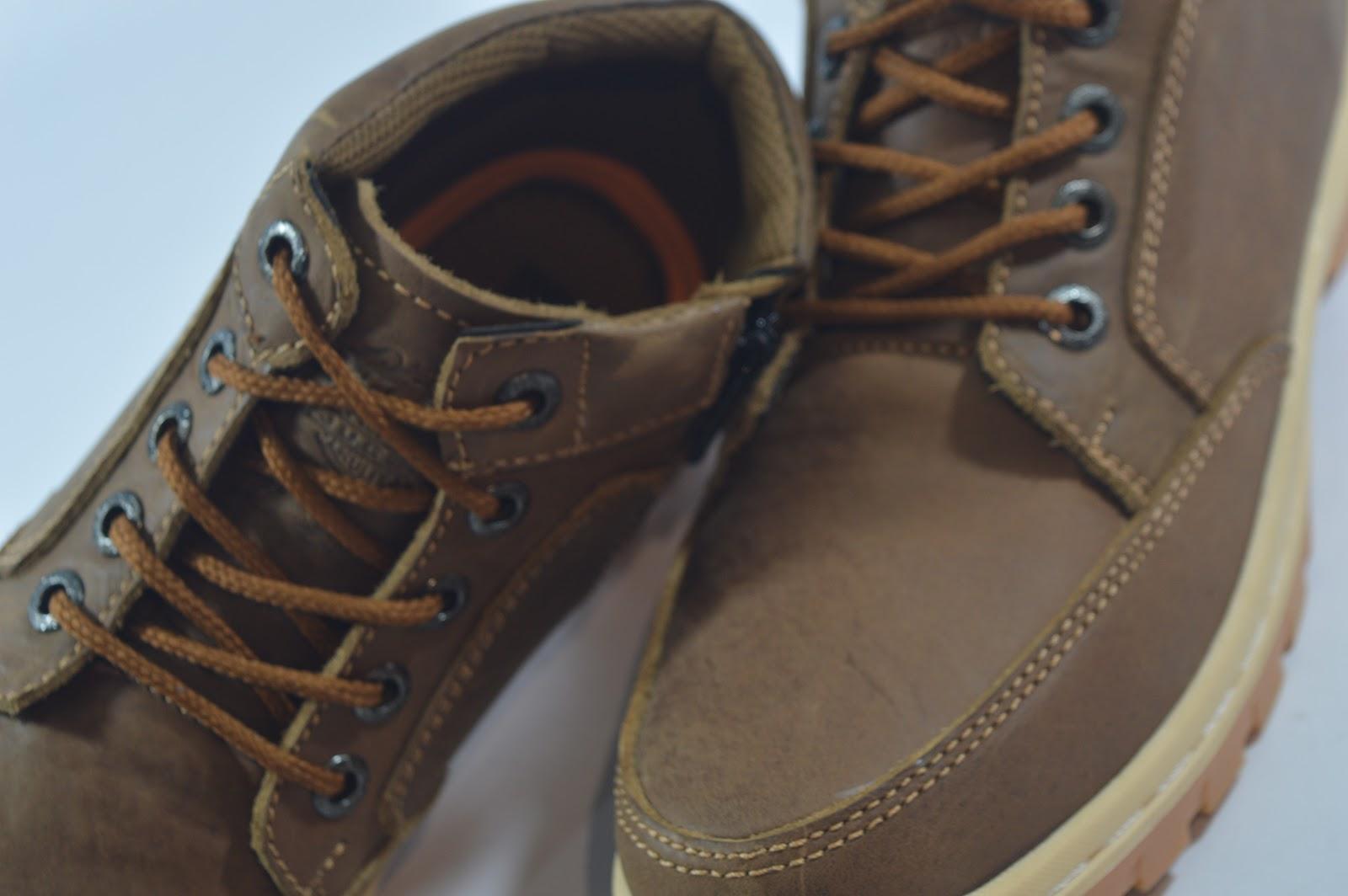 Agen sepatu kulit Bandung  0812-3388-5874 Agen sepatu kulit Jakarta ... 42cf222e1e