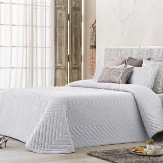 Colcha Bouti modelo Mointis color Blanco de Antilo Textil