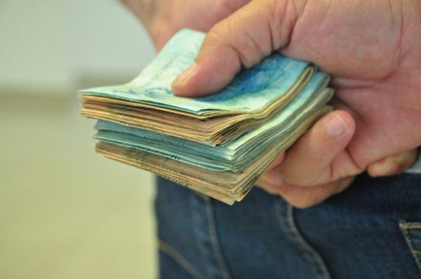 Piso salarial dos trabalhadores do comércio tem aumento de 2,6% no RN