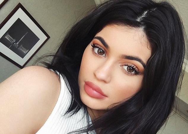 Kylie Jenner's favorite Face Masks, Celebrity face Masks, face masks, good face masks, best face masks, skin care, skin care routines, face masks for dry skin,
