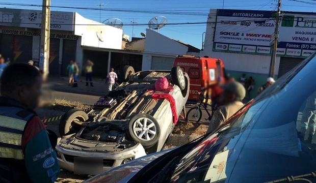 Policial Militar morre em acidente de carro na Avenida Sete de Setembro em Petrolina - Portal SPY