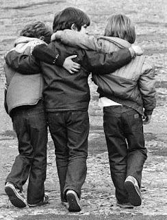 صور الصداقة , كلام عن الصديق , كلام على صور عن الاصدقاء