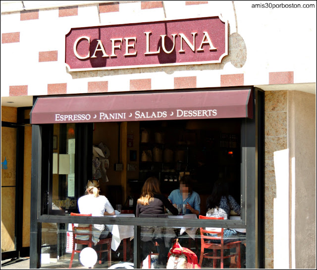 Mi Primera Ruta de Brunch: Cafe Luna